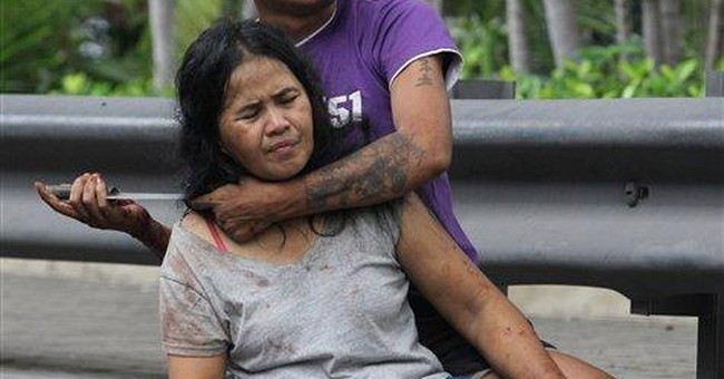 Thai police rescue wife from knife-wielding spouse