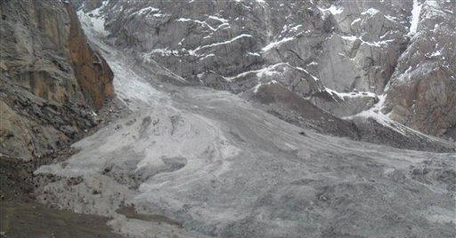 Pakistan avalanche shines light on 'futile' war