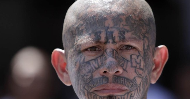 El Salvador Charges Hundreds of MS-13 Gang Members During Sessions' Visit
