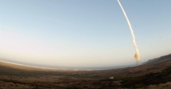 Intercontinental missile test-launched in Calif.