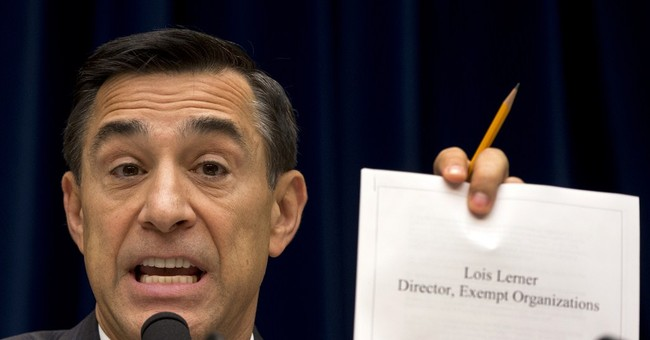 IRS replaces official in tea party controversy