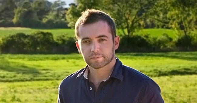 Award-winning journalist Michael Hastings dies