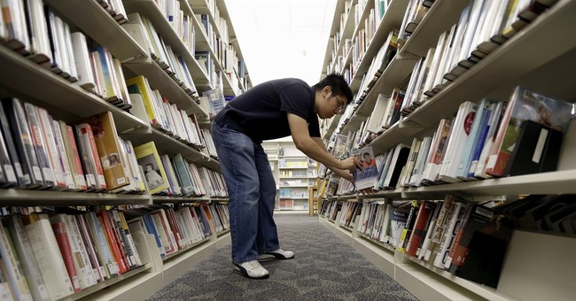 APNewsBreak: Librarians to help with health law
