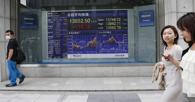Asia stocks slide as oil jumps on Egypt crisis