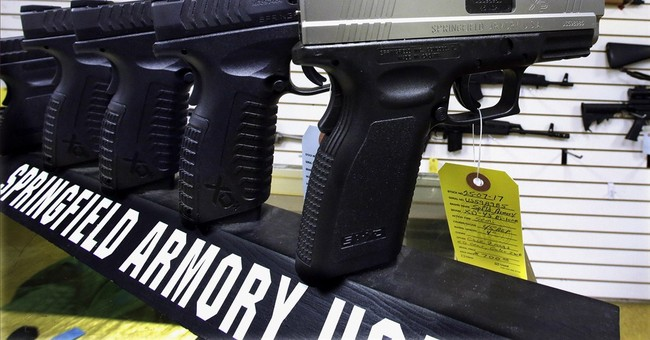 Few Ill.  towns opting for assault weapons bans