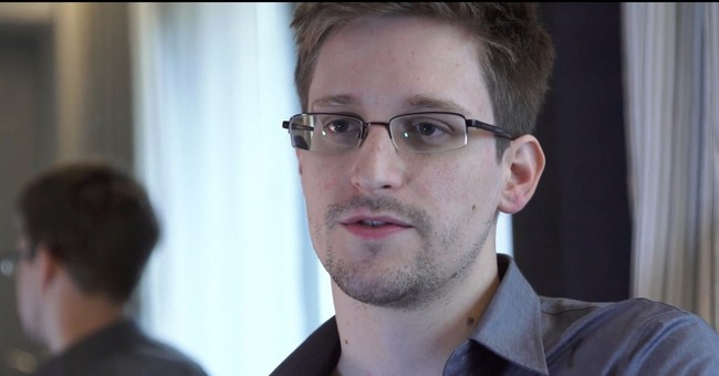 Confusion on Snowden acceptance of Venezuela offer