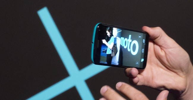 Review: Motorola phone notable for customization