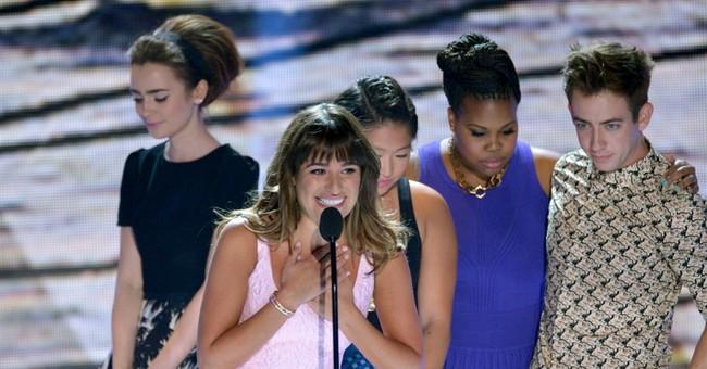 Michele dedicates Teen Choice Award to Monteith