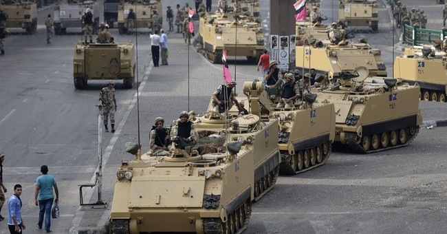 Egyptian capital becomes battle zone amid crisis