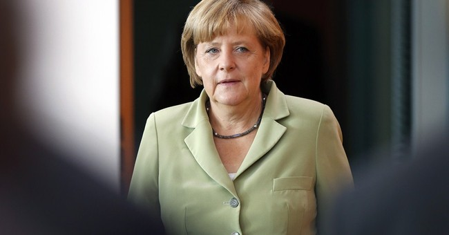 Greek bailout talk ruffles German election