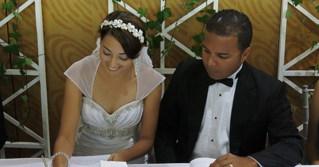 Dominican Republic allows non-Catholic weddings