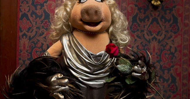 Miss Piggy joins Kermit in Smithsonian collection