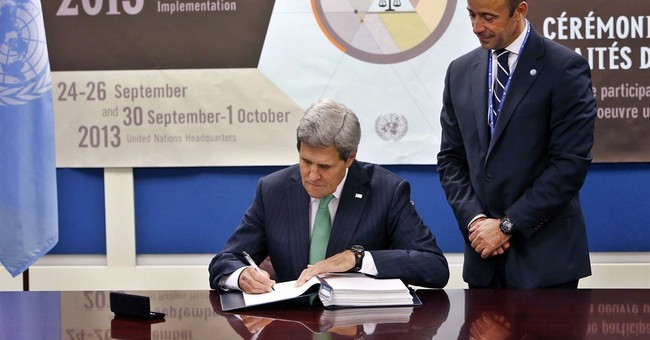 US signs treaty to regulate global arms trading