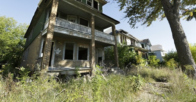 Feds direct $100M in grants to help broke Detroit