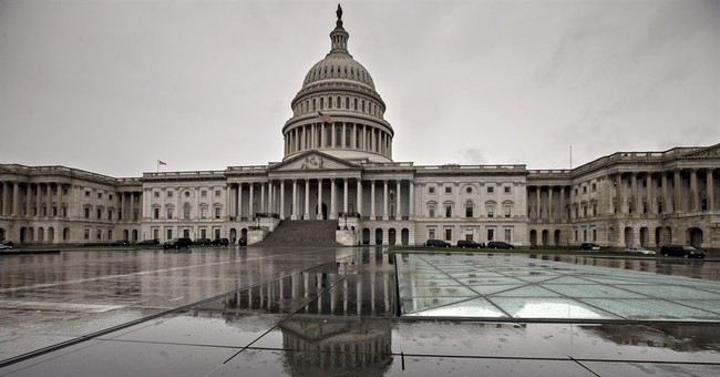 Poll: Americans find little to like in Washington