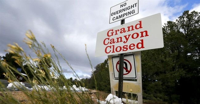 Grand Canyon opens in state, fed nat'l parks deal