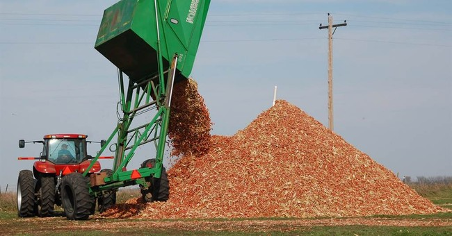 Ethanol industry turns to plant residue, scraps