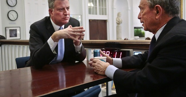 De Blasio takes early steps to seat of NYC power