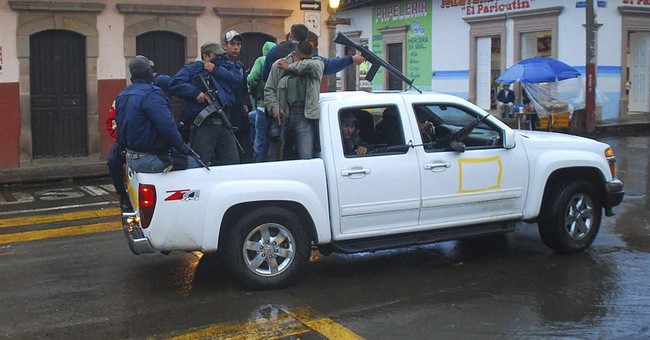8 dead in Mexico border city may have known killer