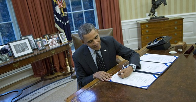 White House urging Democrats to focus on economy