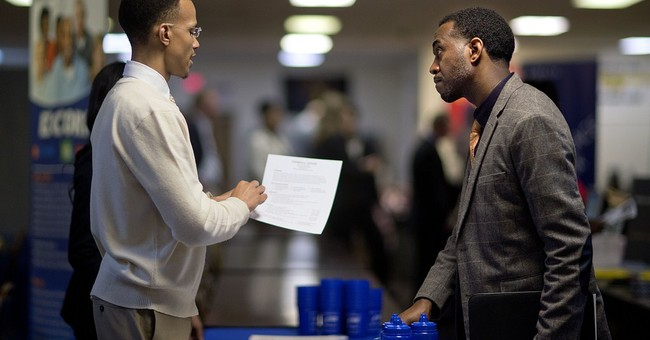 US jobless claims plunge to 298k, as layoffs slow