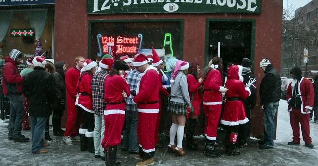 Red-suited revelers hit  bars for SantaCon