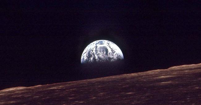 Apollo 8 astronaut marks 1968 broadcast to Earth
