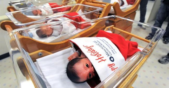 Hospital wraps newborns in Christmas stockings