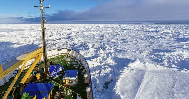 Icebound Antarctic ship awaits helicopter rescue