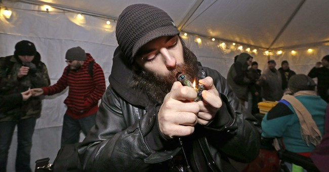 Pot, guns and paparazzi: New laws run gamut in US