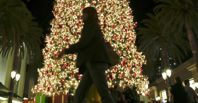 Hurry! Only 121 Shopping Days Left Before Christmas; What to Expect This Holiday Season; Perpetual Christmas