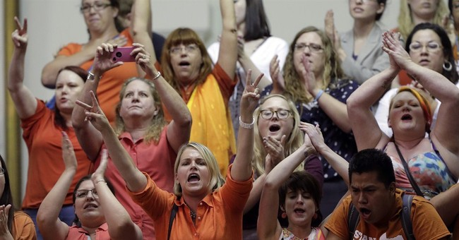 Texas Advocates Use Filibuster, Mob Tactics to Delay Late-term Abortion Law