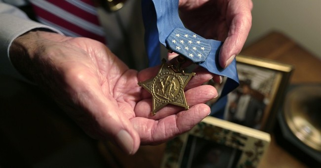 Awesome: Retired Army Officer to Receive Congressional Medal of Honor Today