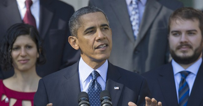 Obamacare Call Center Down as President Encourages Phone Registration