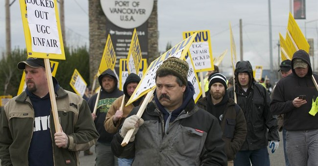 Court to Teamsters: Stop Picketing Funerals