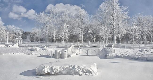 Niagara Falls sparkles after windy deep freeze