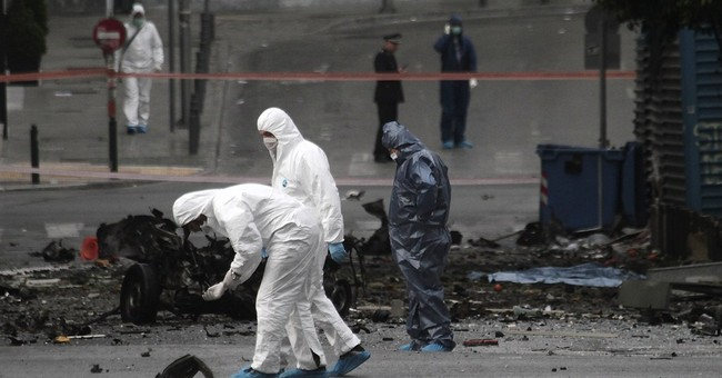 Car bomb explodes outside Bank of Greece