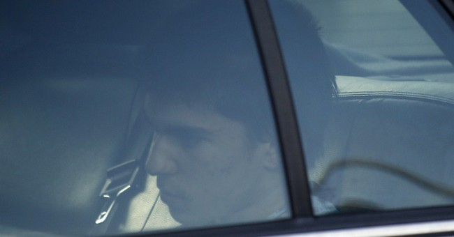 Prosecutor: School stabber used kitchen knives