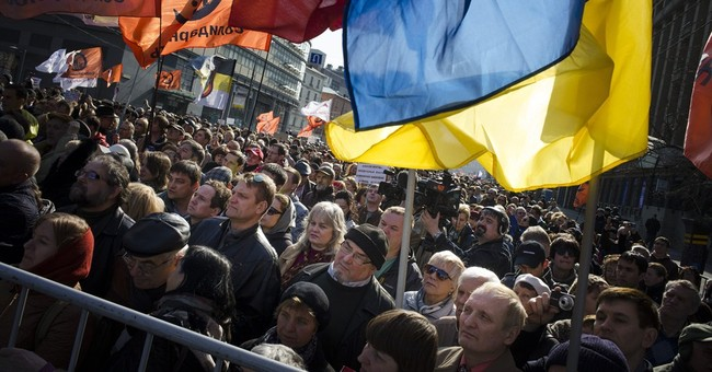 Anti-Kremlin protest draws thousands in Moscow