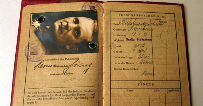 Auction of Hitler box, other Nazi items nixed