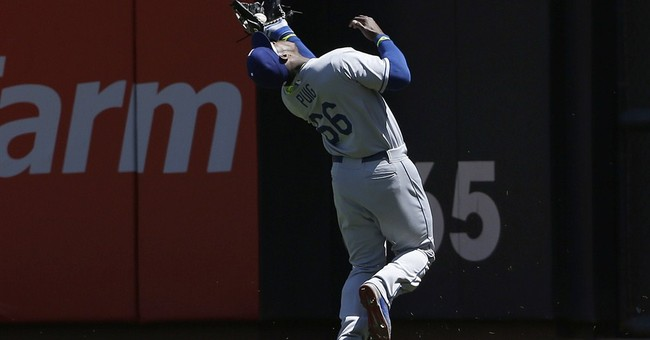 Dodgers' Puig focuses on baseball despite issues