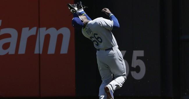 Dodgers' Puig focuses on baseball despite issues