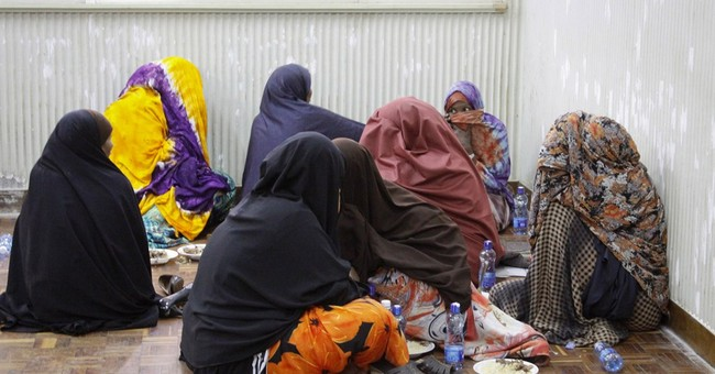 Kenya sends 91 Somalis to Mogadishu amid crackdown