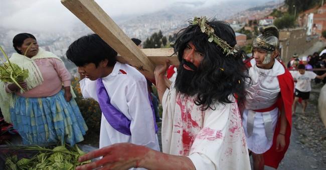 AP Photos: Latam Catholics pay tribute to Christ