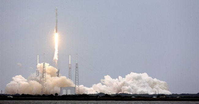 SpaceX making Easter delivery of station supplies