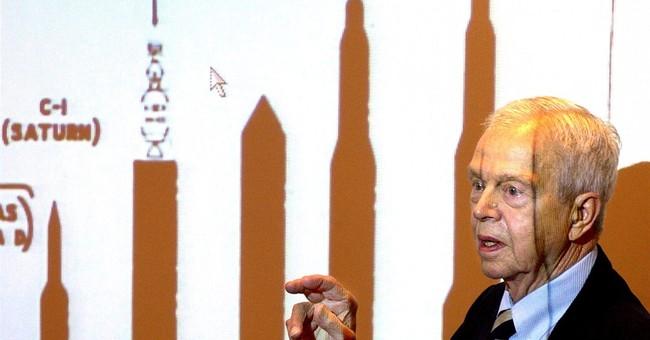 NASA: Engineer vital to moon landing success dies