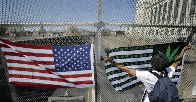 Public smoke-out marks pot holiday in Colorado