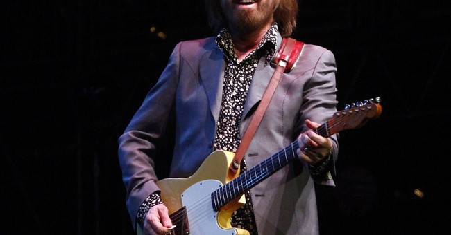 Tom Petty reflects on 40 years of songwriting