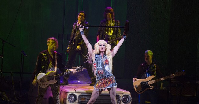 Review: Neil Patrick Harris crushes it in 'Hedwig'