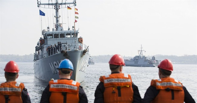 NATO minesweepers set off on Baltic deployment